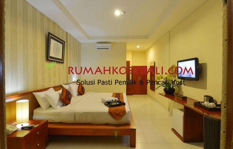 Uma Sri Hotel